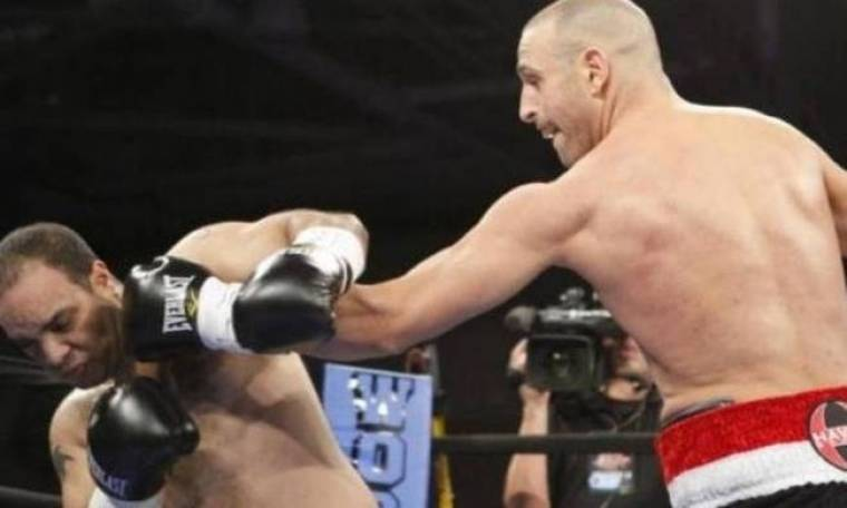 Μποξ: Κέρδισε ο μονόχειρας αθλητής Costantino