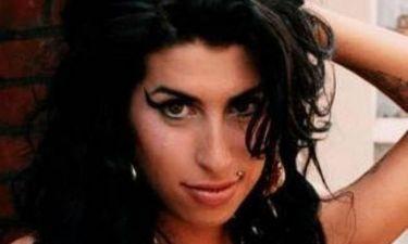 Amy Winehouse: Έκλεψαν το φόρεμα που φορούσε στο γάμο της στο Μαϊάμι