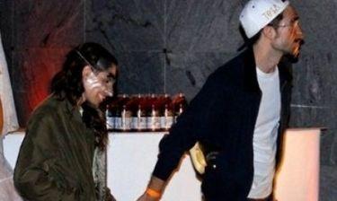 Pattinson-Stewart: Πιασμένοι χεράκι και μασκαρεμένοι, σε πάρτι