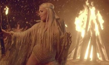 Gwen Stefani: Σέξι… Ινδιάνα στο νέο βίντεο των No Doubt