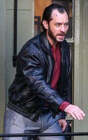 Θύμα ξυλοδαρμού ο Jude Law;