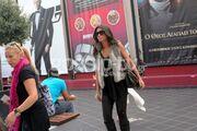 Λοτσάρη: Με τον εν διαστάσει σύζυγό της και την κόρη της στον κινηματογράφο