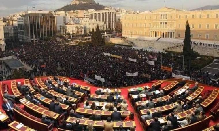 Σήμερα κρίνεται το μέλλον των Ελλήνων