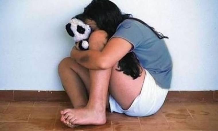 Σοκ στα Χανιά: Ανήλικη βίωνε το δράμα στα χέρια του πατριού της
