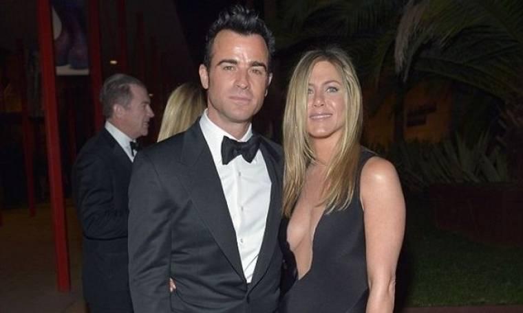 Jennifer Aniston: Διαψεύδει και πάλι τα περί εγκυμοσύνης