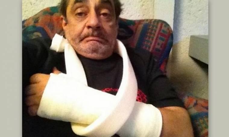 Αντώνης Καφετζόπουλος: Το ατύχημα, ο γύψος στο χέρι και η φωτογραφία στο twitter