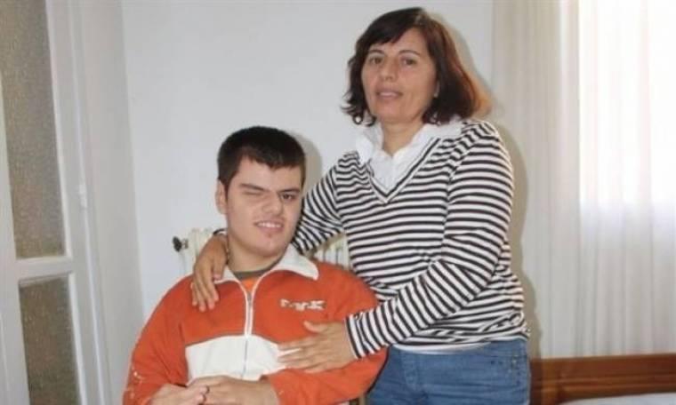 Ντροπή-Έκοψαν το επίδομα σε 26χρονο με 100% αναπηρία