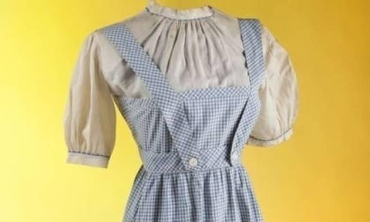 Μάγος του Οζ: Πόσο δημοπρατήθηκε το iconic φόρεμα της Judy Garland;
