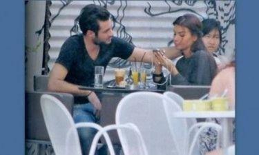 Τα καυτά φιλιά της Λοτσάρη μέσα στο σινεμά με τον αγαπημένο της ποδοσφαιριστή!!! (Nassos blog)