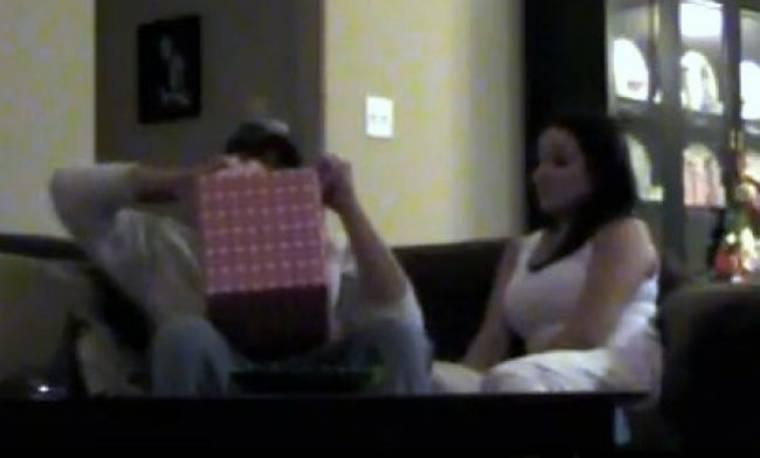 Βίντεο: «Μωρό μου περιμένουμε μωρό!»