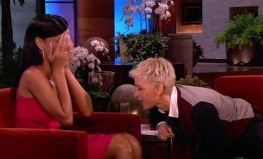 """Η Ellen κάνει """"συζήτηση"""" με τα… απόκρυφα σημεία της Rihanna!"""