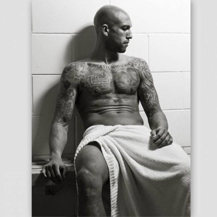 Ο Tim Howard φορά μόνο μια πετσέτα και… αναστατώνει