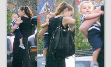 Κάτια Ζυγούλη: Δεν αποχωρίζεται τον μικρό Αλέξανδρο από την αγκαλιά της