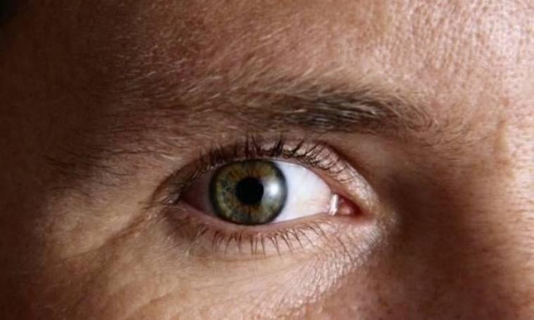 ΣΟΚ στην Πάτρα: Του αφαίρεσαν σκουλήκι από το μάτι