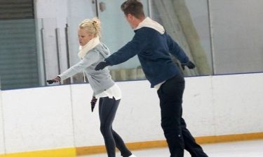 Pamela Anderson: Μετά το Dancing With The Stars, έρχεται το Dancing On Ice