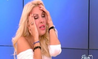 Ελένη Μενεγάκη: «Τα τελευταία βράδια δεν κοιμάμαι, δεν τρώω... δεν είμαι καλά»