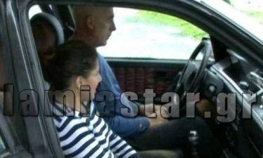 Συγκλονιστικό! Ζευγάρι ανέργων ζει σε αυτοκίνητο! (pics)