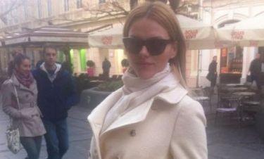 Γιατί η Νάταλι Θάνου βρίσκεται στο Βελιγράδι;