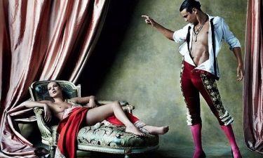Η topless Kate Moss και ο ταυρομάχος!
