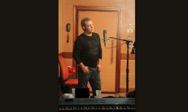 Στο στούντιο ηχογράφησης ο Θέμης Αδαμαντίδης!