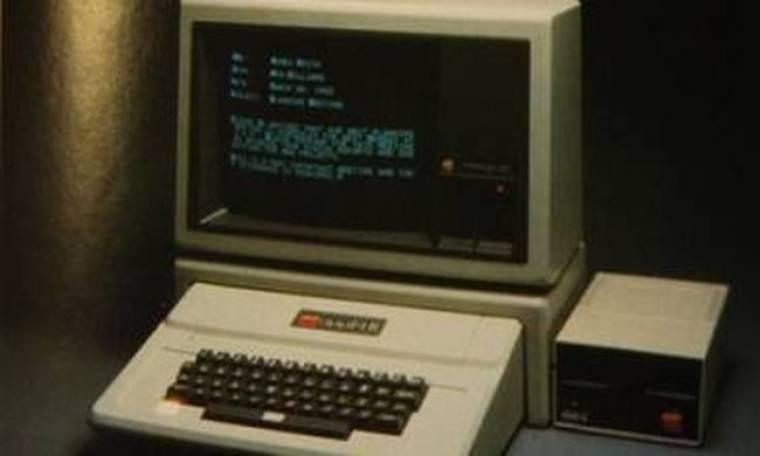 Ο πρώτος υπολογιστής της Apple πωλήθηκε 400 χιλ. ευρώ!