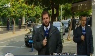 Πώς αντέδρασε ο Παπαδάκης όταν ο δημοσιογράφος της ΝΕΤ «μπήκε» στη ζωντανή σύνδεση του ΑΝΤ1
