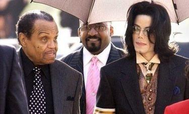 Στο νοσοκομείο ο πατέρας του Michael Jackson