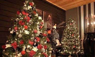 Έλληνας ηθοποιός «απειλεί» να κάψει όλα τα Χριστουγεννιάτικα δέντρα!
