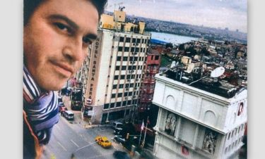 Ο Μάριος Φραγκούλης στην Νέα Υόρκη