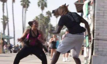 Λος Άντζελες Κλίπερς: Τρόμαξε… κόσμο με μάσκα αλόγου ο Τζόρνταν! (video)