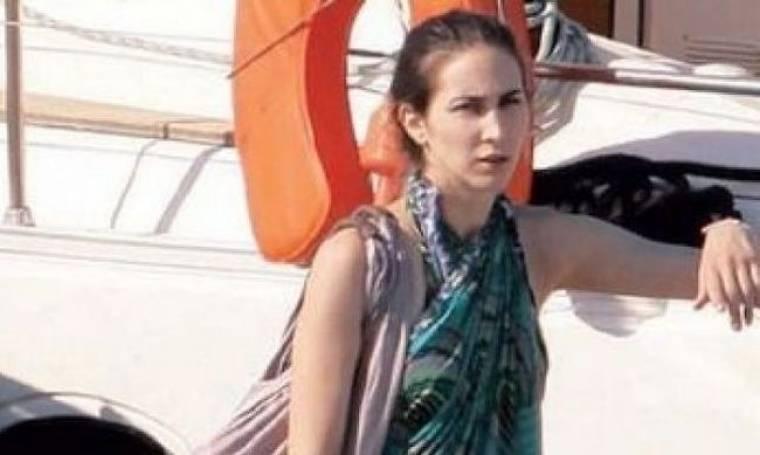 Η κόρη του Λάκη Λαζόπουλου πίσω από το «Αν»