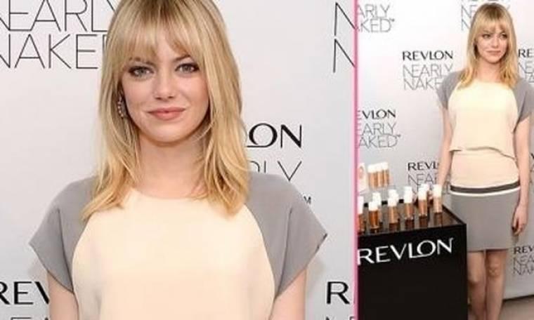 Emma Stone: Παρουσιάζει τη νέα σειρά μέικ απ της Revlon