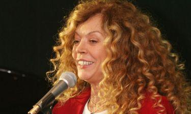 Ελένη Δήμου: «Διαφωνώ με τους τραγουδιστές που βασίζονται καθαρά στην εμφάνιση τους»