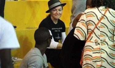 Madonna: Στις φαβέλες του Ρίο Ντε Τζανέιρο