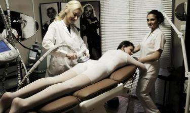 Αποκλειστικές εικόνες: Δείτε την φετινή Star Hellas να κάνει θεραπεία για την κυτταρίτιδα! (Nassos blog)