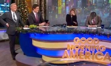 Τζορτζ Στεφανόπουλος: Τον έπιασε νευρικό  γέλιο on air!