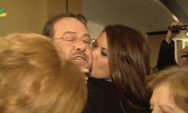 Γιάννης Πάριος: Όλα όσα έγιναν στην πρεμιέρα του και το τρυφερό φιλί από την Αλιμπέρτη!