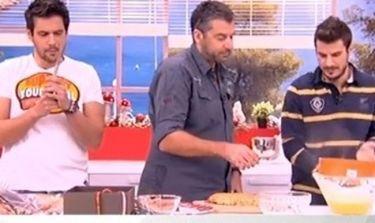 Ο Πετρετζίκης μαγειρεύει, ο Ουγγαρέζος πλάθει κουλουράκια και ο Λιάγκας… τρώει!