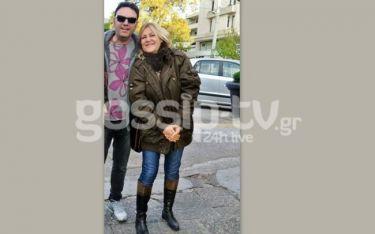Στάθης Αγγελόπουλος: Βόλτα με την αδερφή του στην Γλυφάδα