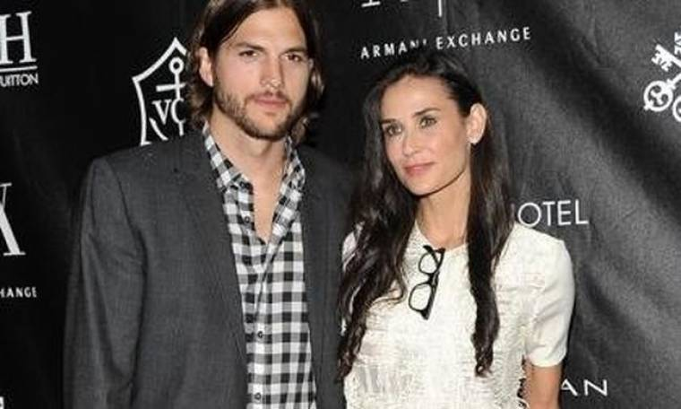 Είναι επίσημο: Ο Ashton Kutcher έκανε την αίτηση διαζυγίου από την Demi Moore