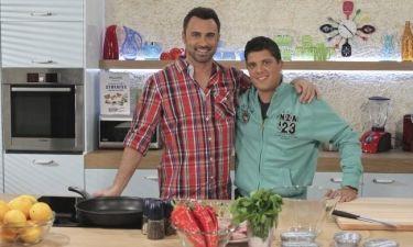 «Παρέα στην κουζίνα» την Πρωτοχρονιά ο Καπουτζίδης και ο Παπανδρέου