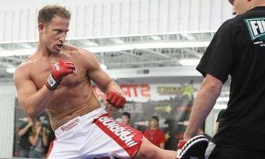 MMA: Μαχητής… Μπάτμαν και Ρόμπιν (video)