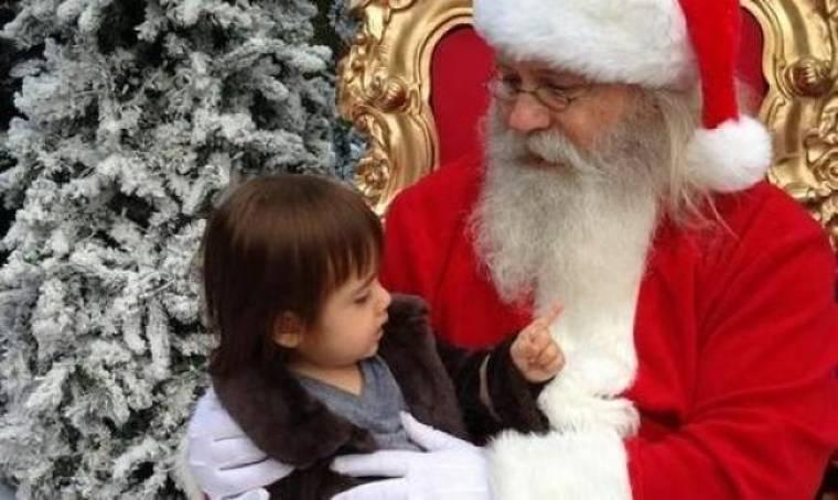 Όταν η μικρότερη κόρη της Denise Richards γνώρισε τον Άγιο Βασίλη