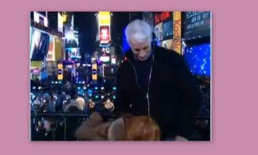 Ηθοποιός θέλησε να φιλήσει το μόριο παρουσιαστή on air για «Καλή Χρονιά»