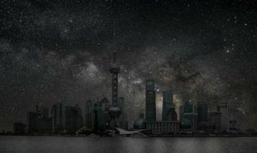 Εκπληκτικές φωτο: Μεγάλες πόλεις βυθισμένες στο σκοτάδι