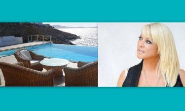 Η Ρούλα Κορομηλά πουλάει το σπίτι της