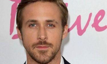 Ryan Gosling: «Οι συμμαθητές μου με κορόιδευαν και η μητέρα μου με πήρε από το σχολείο και συνέχισα κάνοντας μαθήματα στο σπίτι»