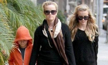 Δείτε την 13χρονη κούκλα κόρη της Reese Witherspoon