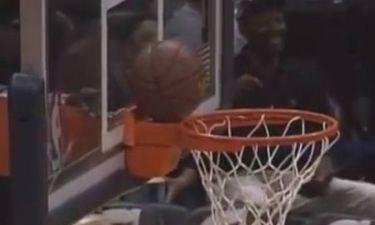 Ατλάντα Χοκς: Κόλλησε την μπάλα στο καλάθι και κέρδισε... 1.000 δολάρια! (video)