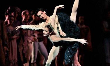 Αφιέρωμα στον Ρούντολφ Νουρέγιεφ με τα αστέρια του Μπαλέτου της Όπερας του Παρισιού